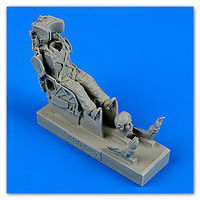 Russian pilot with KS-4 ejection seat for Su-7/9/11/15/17 … Figurines x
